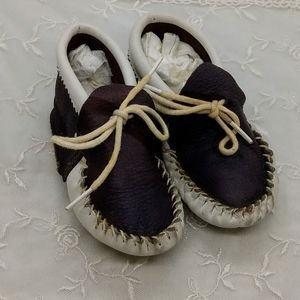 Vintage Brown and White Leather Infant Moccasins